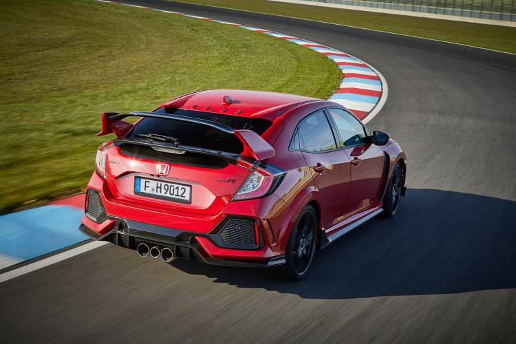 2017-Honda-Civic-Type-R-(12)