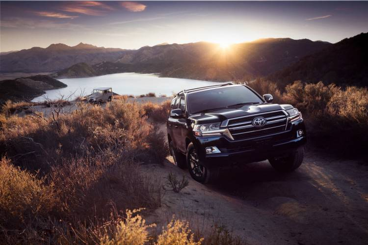 2020 Land Cruiser Heritage Edition 10