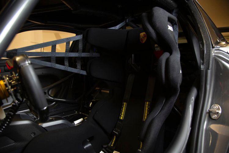 2020 Porsche 935 Martini 40