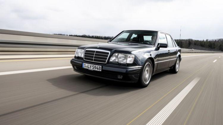 3 Curiosidades Mercedes 500 E W 124 01