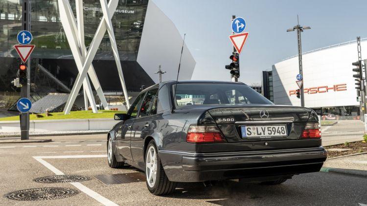 3 Curiosidades Mercedes 500 E W 124 11