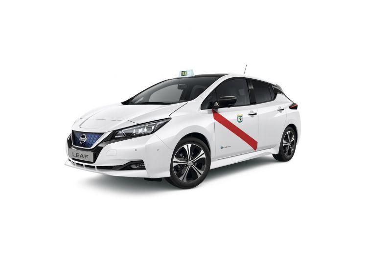 426211185 Nissan Leaf Taxi De Madrid
