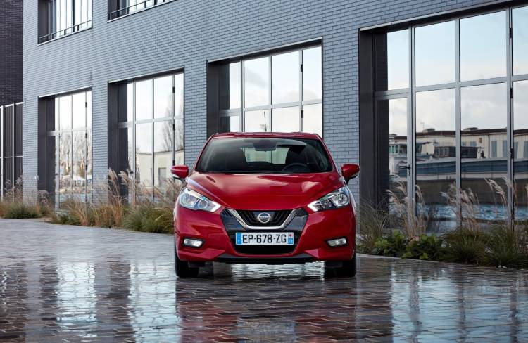 Nissan Micra Passion Red