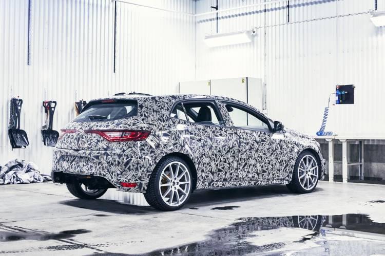 92997_2017_New_Renault_MEGANE_R_S