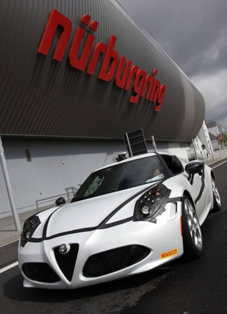 Alfa Romeo confirma los 8 minutos y 4 segundos del 4C en Nürburgring