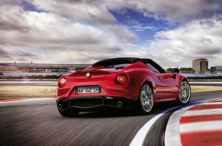 Alfa_Romeo_4c_eurpa_2015_DM_13