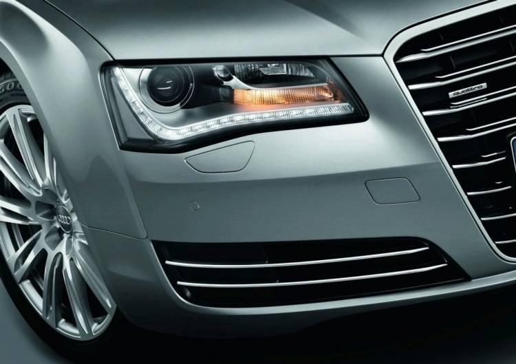 Audi A8 2011-1