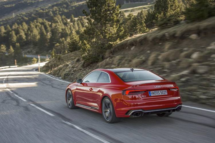 Audi-RS-5-Coupe_23