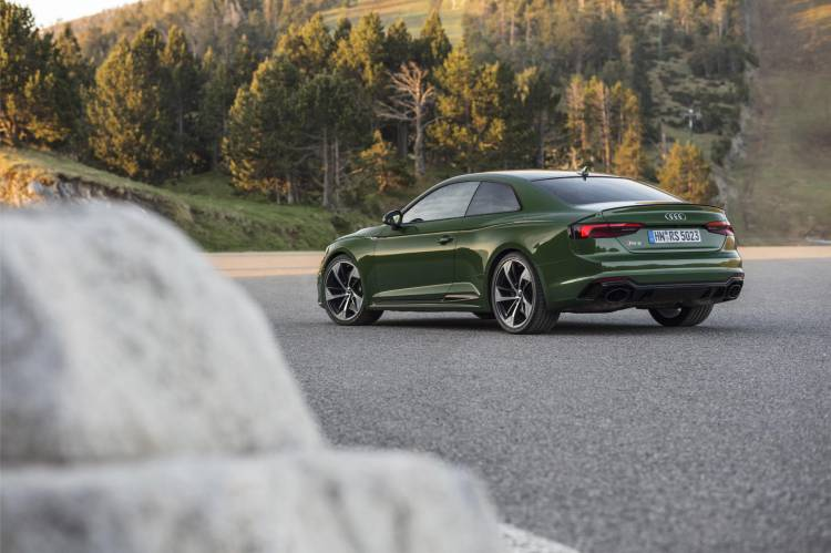 Audi-RS-5-Coupe_28