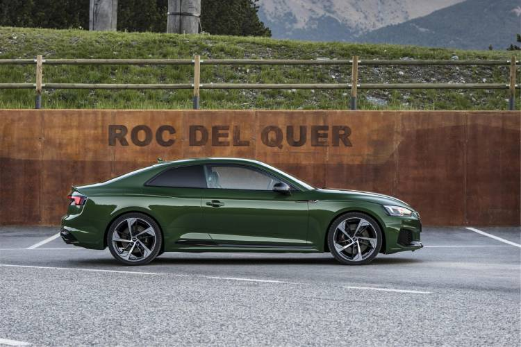 Audi-RS-5-Coupe_29