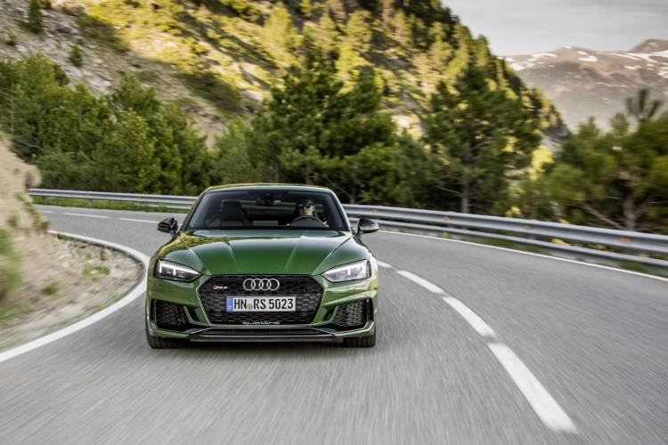 Audi-RS-5-Coupe_32