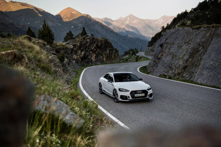 Audi-RS-5-Coupe_42