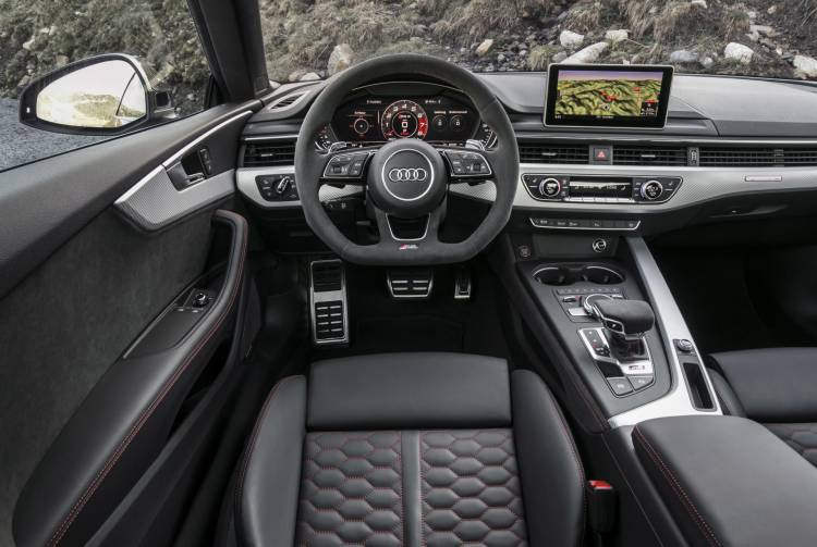 Audi-RS-5-Coupe_48