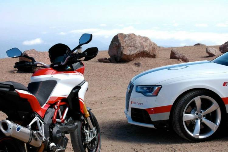 Audi-RS5-Pikes-Peak-2012-01