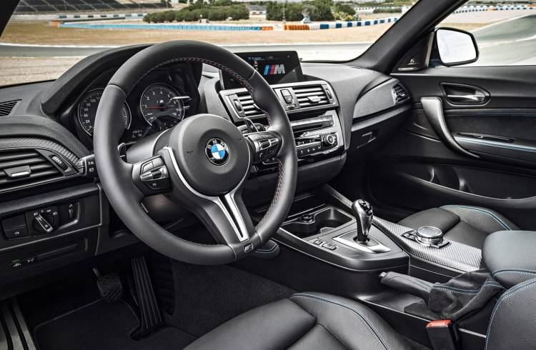 BMW-M2-coupe-0917-02
