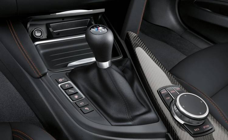 BMW-M2-coupe-0917-03