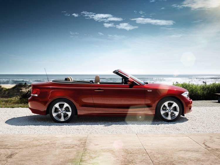 BMW_1series_convertible_wallpaper_03