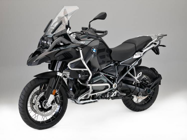 BMW_R_1200_triple_black_DM_2016_1
