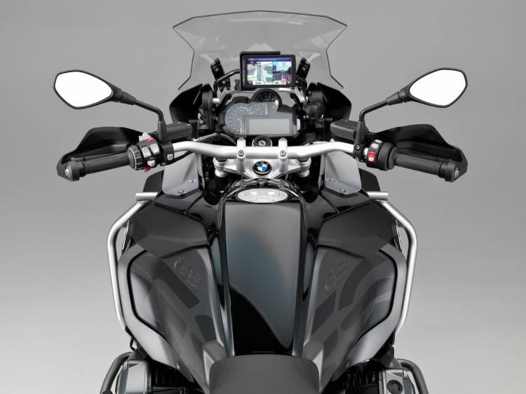 BMW_R_1200_triple_black_DM_2016_2