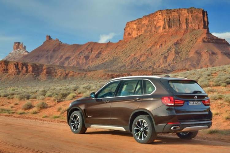 BMW X5 2014: ahora también disponible con tracción 4X2 por 58.250 euros