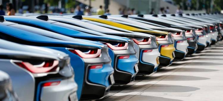 BMW_i8_amarillo_edicion_especial_1_1440x655c