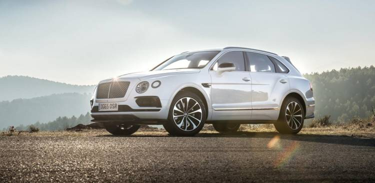 Bentley-Bentayga_2016_01