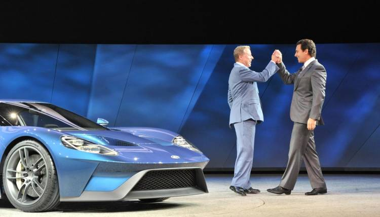 Bill-Ford-and-Mark-Fields-ford-gt-2016-00