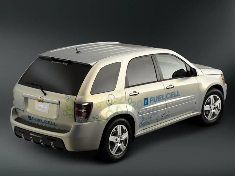 Chevrolet-Equinox-Fuel-Cell-14
