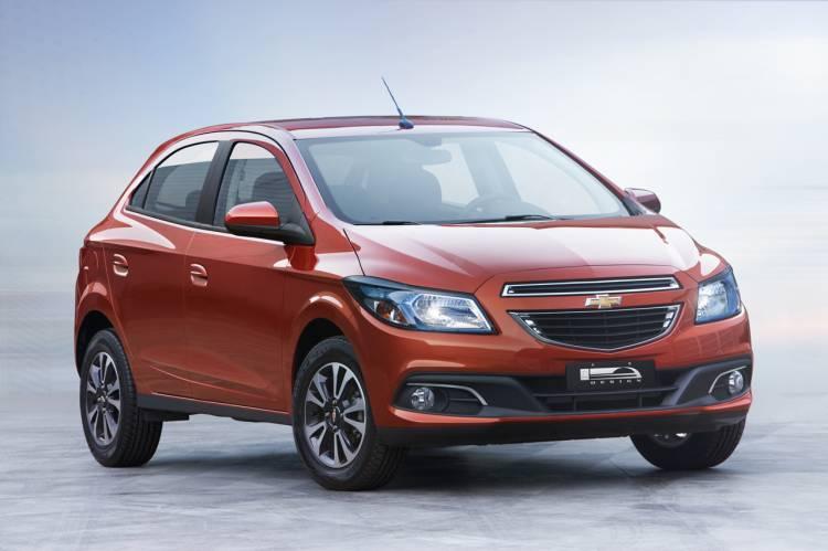 Chevrolet-Onix-2012-07