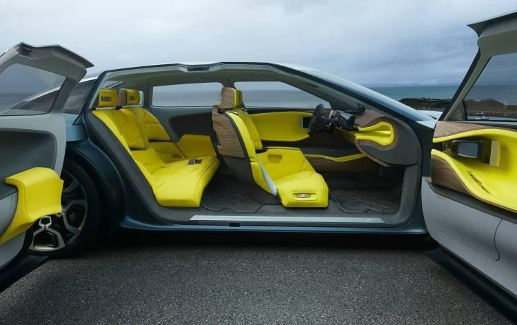Citroen-CXperience-Concept-2016-0118-03