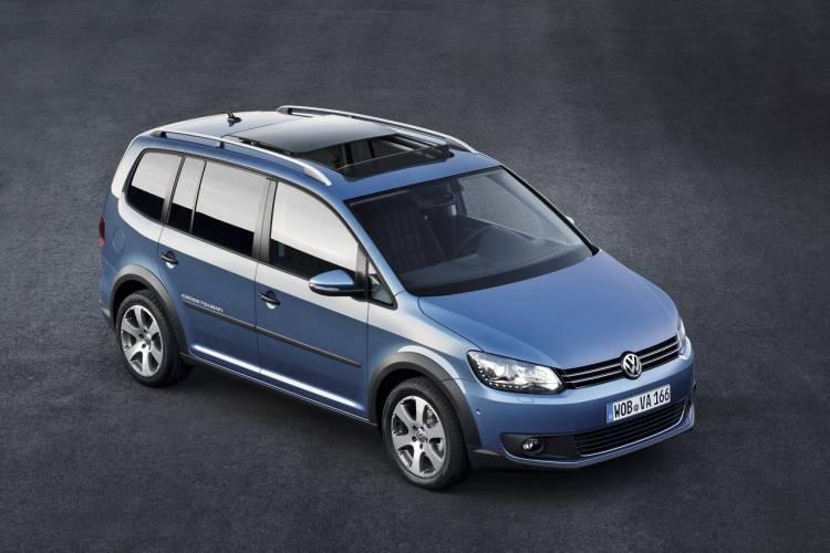 Volkswagen Cross Touran 2011