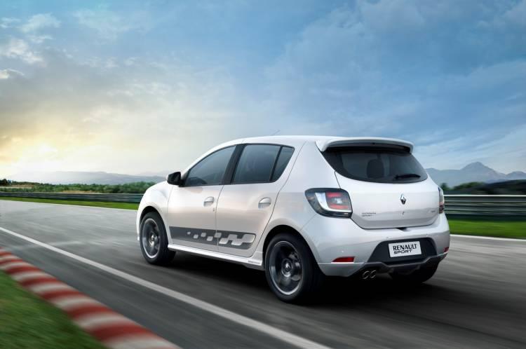 Dacia_sandero_RS_2015_renault_DM_56