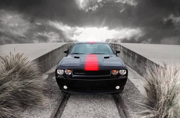 Dodge_Challenger_redline_3