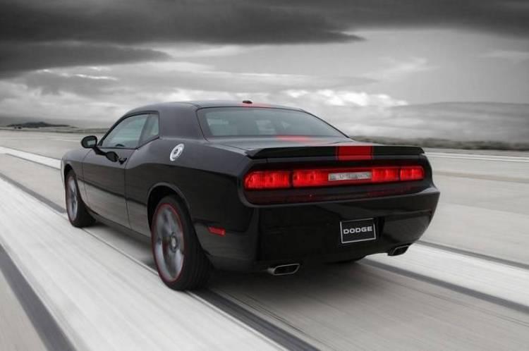 Dodge_Challenger_redline_5