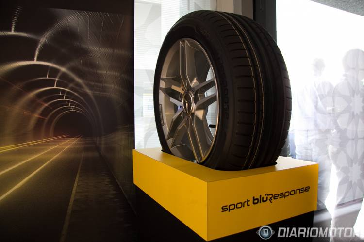 Dunlop_Sport_Bluresponse_Dubai-01