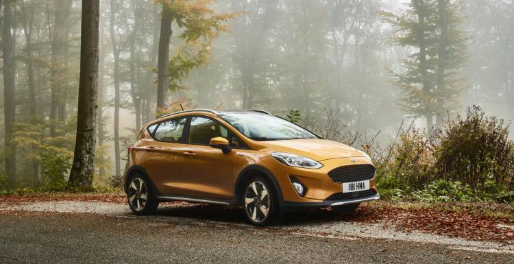 ford_fiesta2016_active_34_front_beauty_01
