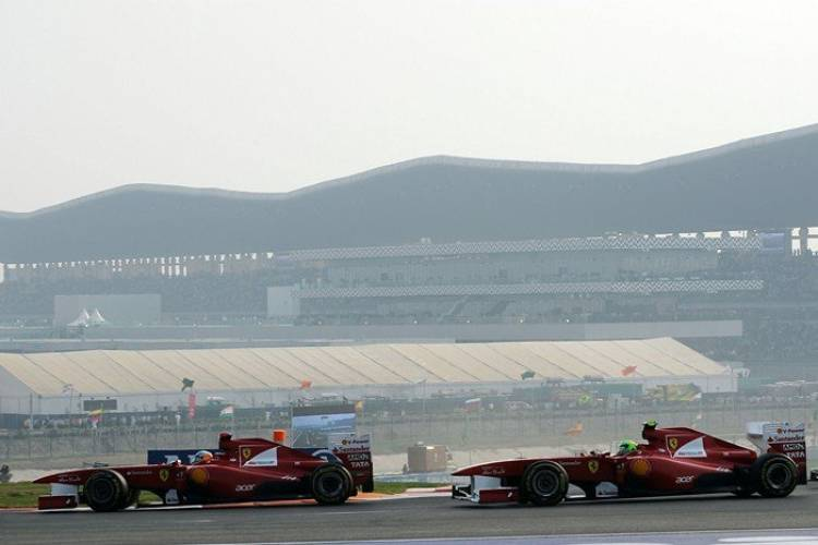 Fernando Alonso y Felipe Massa (Ferrari) - GP India 2011