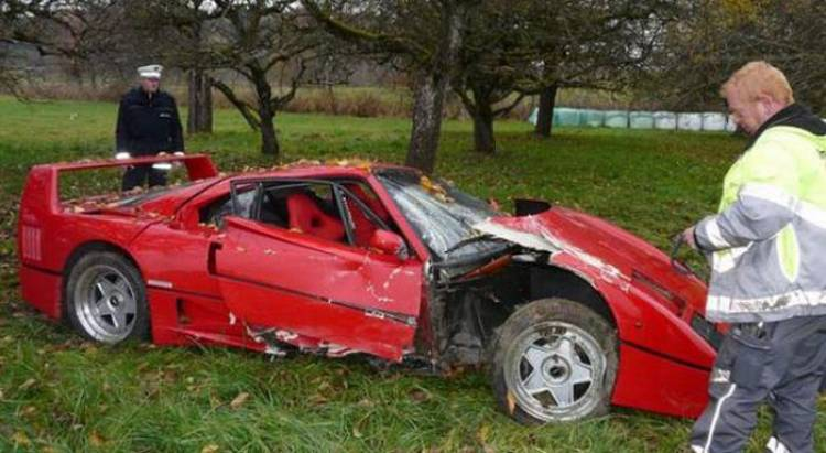 Ferrari F40, accidente en Alemania