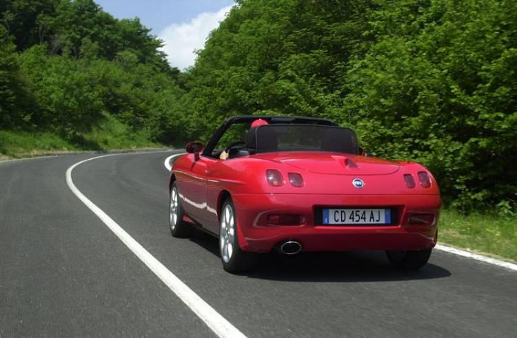 ¿Llegará el Alfa Romeo Spider como Abarth?¿Renace el Fiat Barchetta?