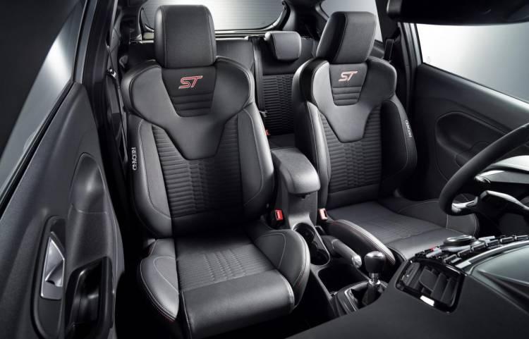 Ford_Fiesta_ST_200_2016_DM_7