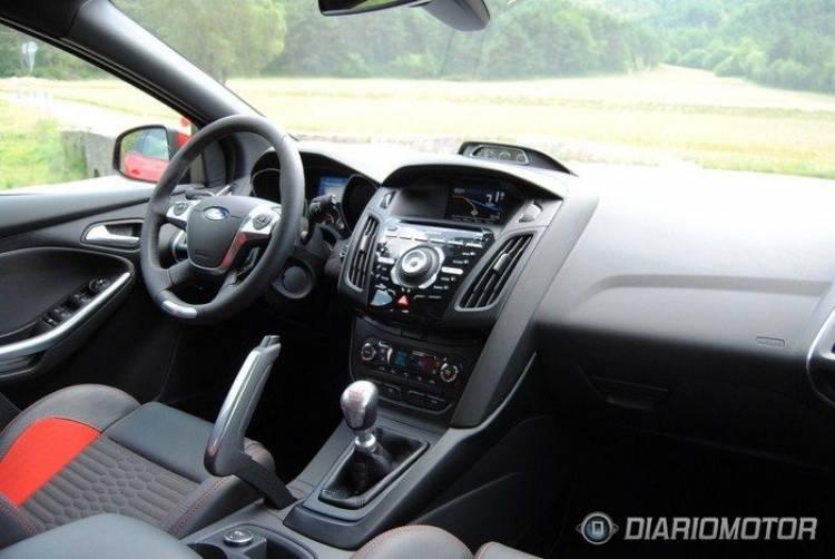Ford Focus ST, presentación y prueba en Niza