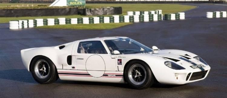 Ford_GT40_subasta_2012_1