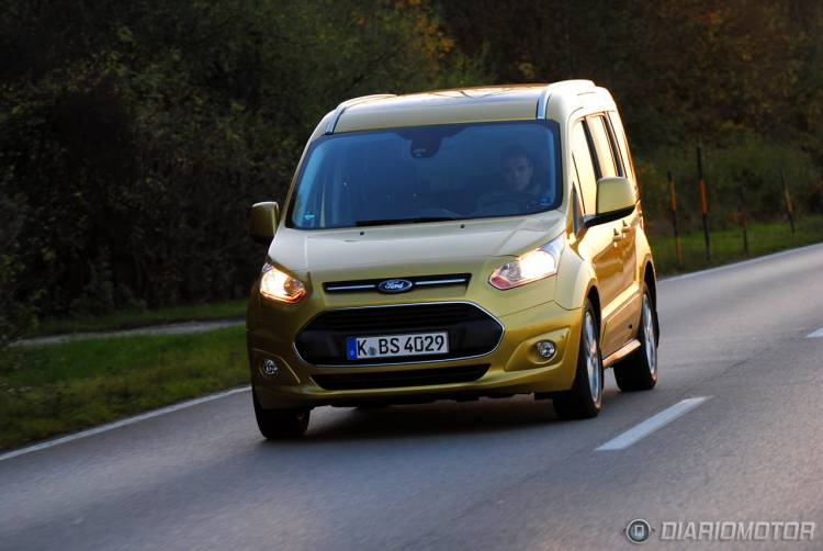 Ford_Tourneo_Connect_mdm_11