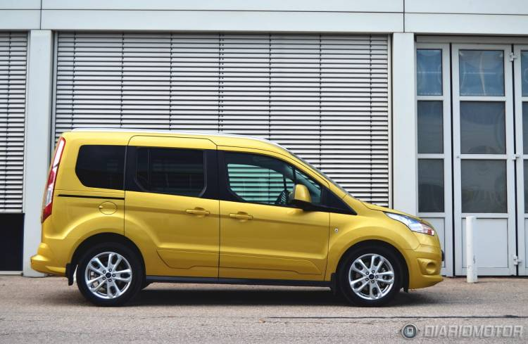 Ford_Tourneo_Connect_mdm_21