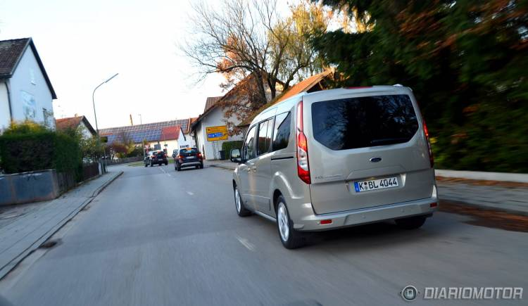 Ford_Tourneo_Connect_mdm_27