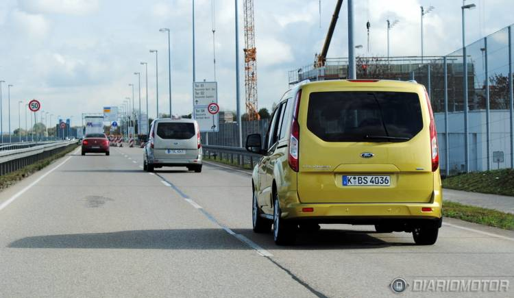 Ford_Tourneo_Connect_mdm_31