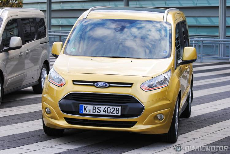 Ford_Tourneo_Connect_mdm_32