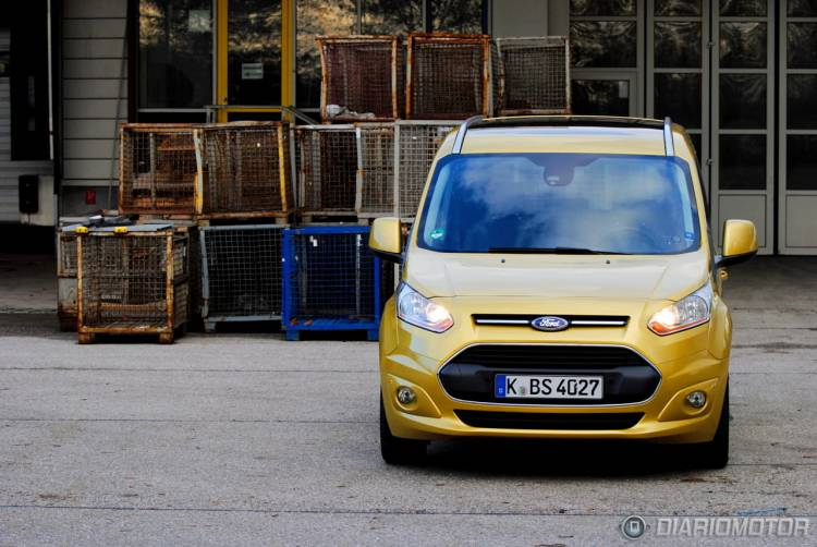 Ford_Tourneo_Connect_mdm_39