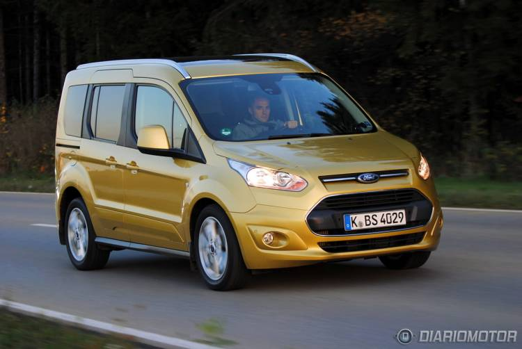 Ford_Tourneo_Connect_mdm_42