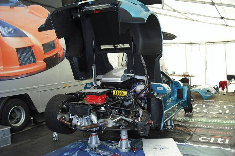 Gumpert Apollo Sport en Nurburgring-1